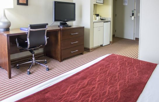 Suite Comfort Inn Pensacola - University Area