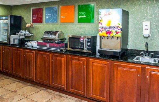 Restauracja Comfort Inn & Suites North at the Pyramids