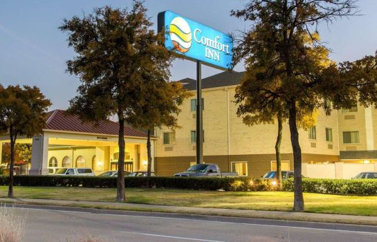 Vista esterna Comfort Inn DFW Airport North
