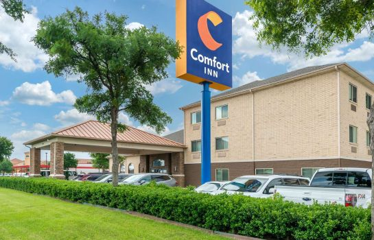 Exterior view Comfort Inn DFW Airport North Comfort Inn DFW Airport North
