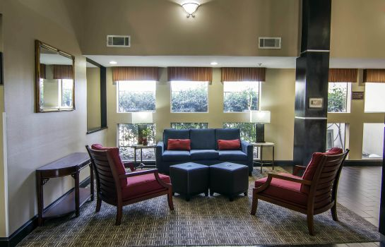 Lobby Comfort Inn & Suites Love Field-Dallas Market Center