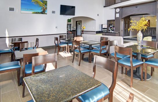 Restaurant Comfort Inn & Suites Beachfront