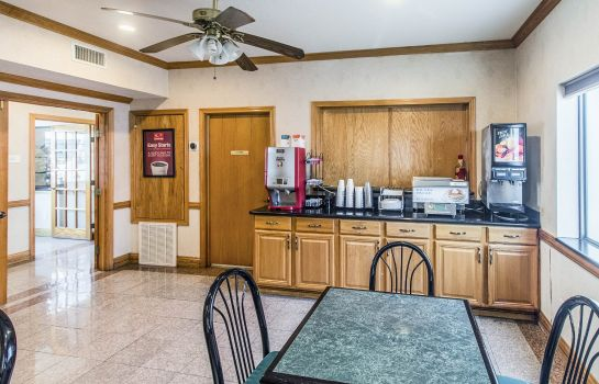 Restaurant Econo Lodge & Suites