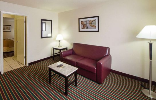 Zimmer Quality Inn and Suites Del Rio