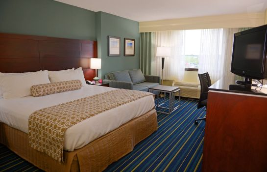 Zimmer Crowne Plaza VIRGINIA BEACH TOWN CENTER