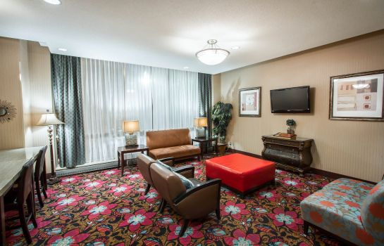 Vestíbulo del hotel Holiday Inn Express & Suites BUFFALO DOWNTOWN