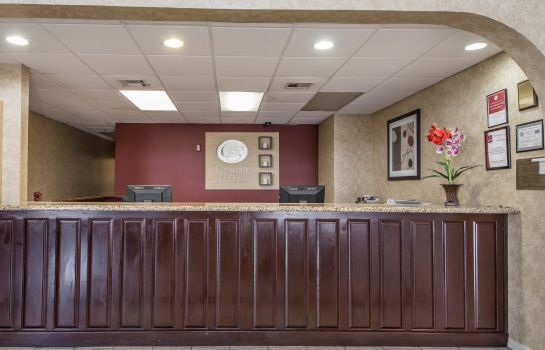 Hotelhalle Rodeway Inn & Suites East / I-44