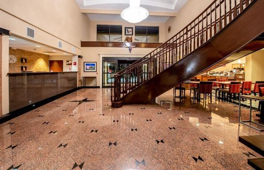 Lobby Comfort Suites near Texas Medical Center