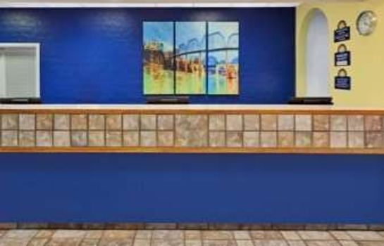 Hotelhalle DAYS INN CHATTANOOGA-RIVERGATE