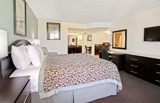 Suite DAYS INN ORLANDO AIRPORT FLORI