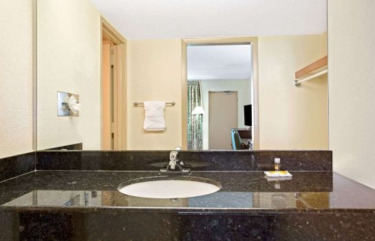 Chambre DAYS INN ORLANDO AIRPORT