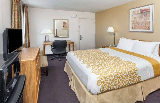 Room DAYS INN FORT WAYNE