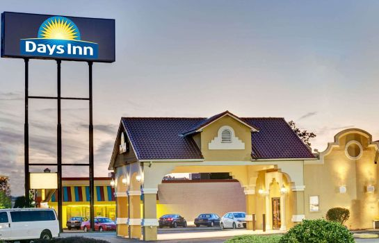 Exterior view DAYS INN LOUISVILLE AIRPORT KY