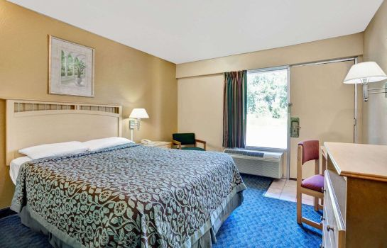 Room DAYS INN LOUISVILLE AIRPORT KY