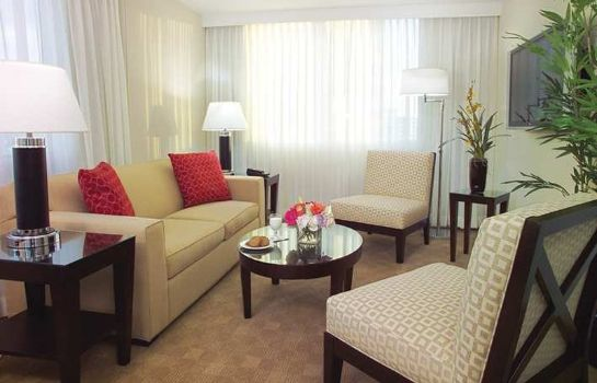 Suite GALLERYone - a DoubleTree Suites by Hilton Hotel