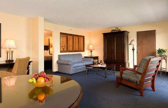 Suite DoubleTree by Hilton Berkeley Marina