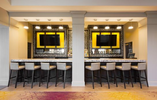 Hotel-Bar DoubleTree by Hilton Savannah Historic District