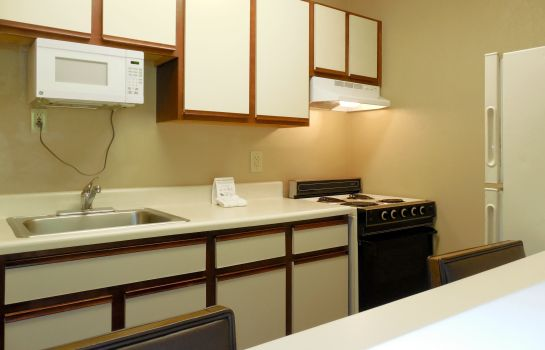 Zimmer Extended Stay America Charleston Northwoods Blvd