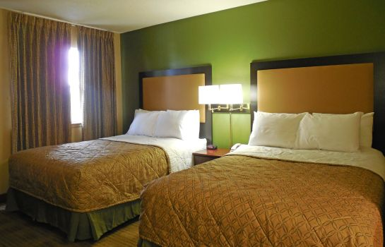 Zimmer Extended Stay America N Charle