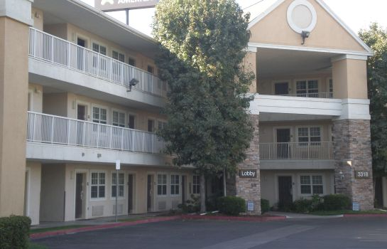 Exterior view Extended Stay America Bakersfi