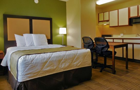 Zimmer Extended Stay America Madison