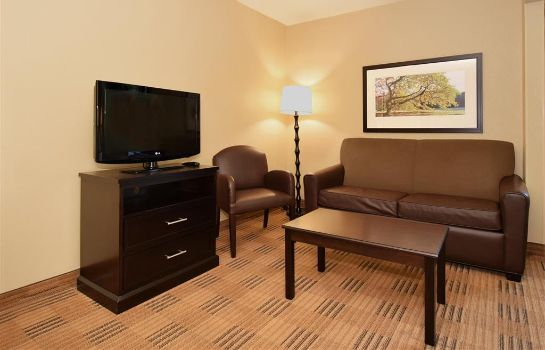 Zimmer Extended Stay America Lombard