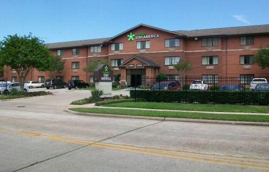 Exterior view Extended Stay America I45 North
