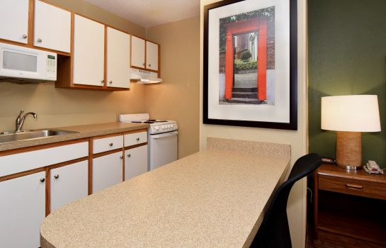 Zimmer Extended Stay America Metro