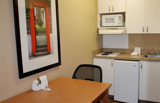 Room Extended Stay America Airport