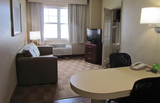 Zimmer Extended Stay America FtLauderdale Cypress CrkPk N