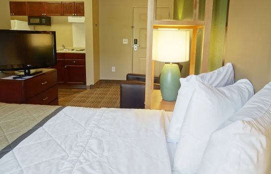Zimmer Extended Stay America N Centra