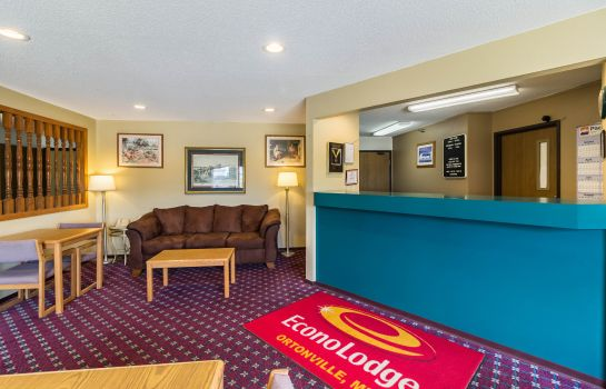 Hall Econo Lodge Ortonville