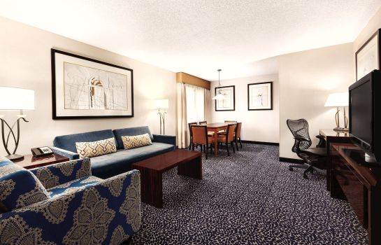 Suite Embassy Suites by Hilton Louisville East