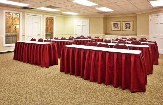 Conference room Quality Suites Atlanta Buckhead Village  Quality Suites Atlanta Buckhead Village