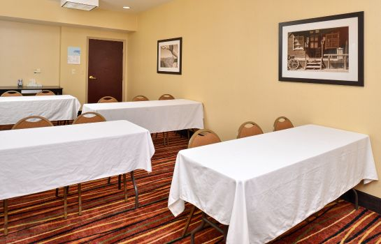 Conference room Holiday Inn Express & Suites AUSTIN SW - SUNSET VALLEY
