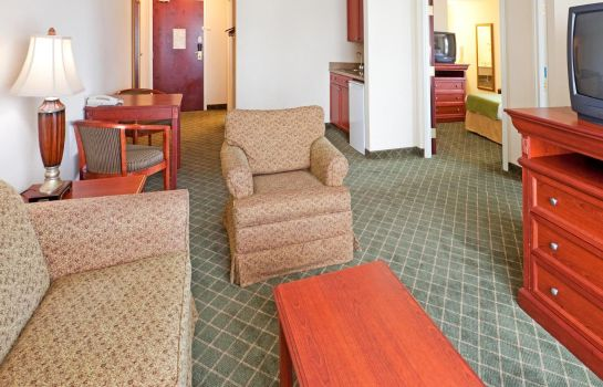Suite MAGNUSON HOTEL COMMERCE