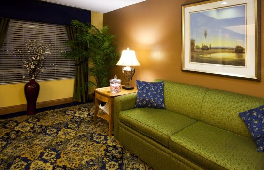 Lobby Holiday Inn Express & Suites JACKSONVILLE - BLOUNT ISLAND