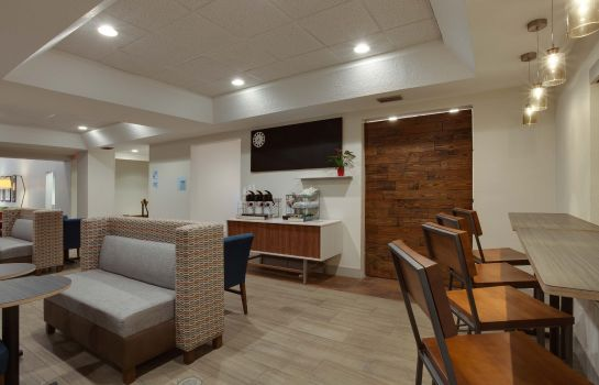 Restaurante Holiday Inn Express & Suites ORLANDO INTERNATIONAL AIRPORT