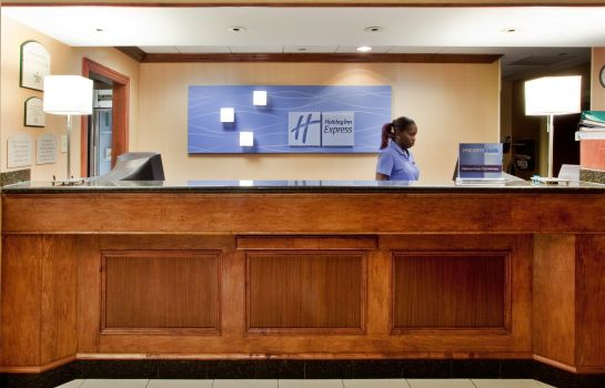Hotelhalle Holiday Inn Express Hotel & Suites WILLIAMSBURG