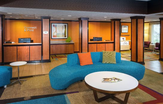 Vestíbulo del hotel Fairfield Inn & Suites Anchorage Midtown