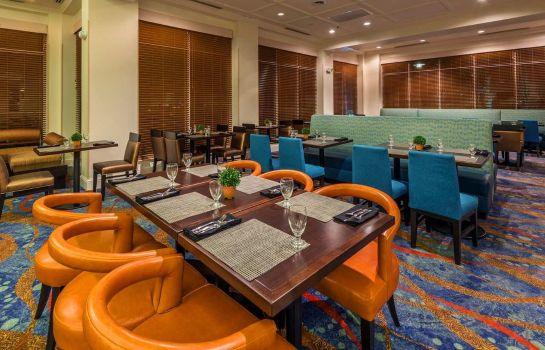 Restaurante Hilton Garden Inn Orlando at SeaWorld