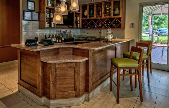 Bar del hotel Hilton Garden Inn Houston-Bush Intercontinental Airport