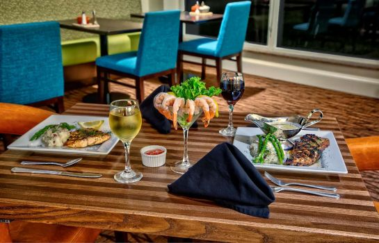 Restaurante Hilton Garden Inn Houston-Bush Intercontinental Airport