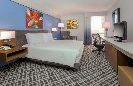 Zimmer Hilton Garden Inn Dallas/Market Center