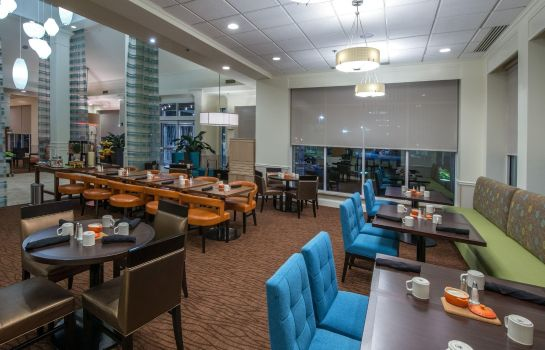 Restaurant Hilton Garden Inn Savannah Airport