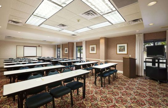 Conference room DAYS INN SUITES CEDAR RAPIDS