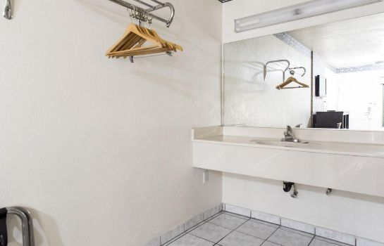 Bagno in camera Hollywood Guest Inn