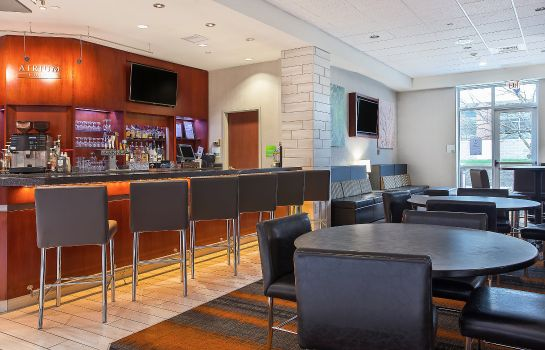 Hotel-Bar Holiday Inn UNIVERSITY PLAZA-BOWLING GREEN