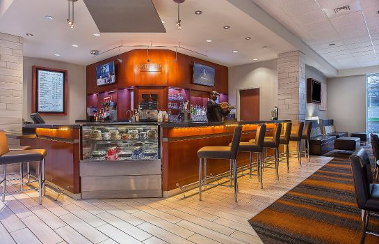 Bar del hotel Holiday Inn UNIVERSITY PLAZA-BOWLING GREEN