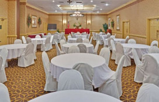 Conference room Ramada Columbus Highway 45